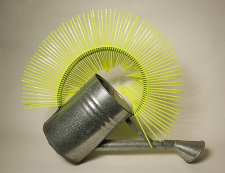 029-tuft-vs-turf-watering-can-2008