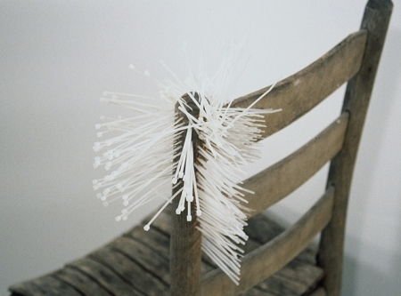 049-cable-tie-chair-2004