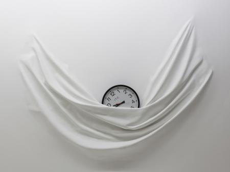 008-falling-clock-2012