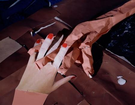 036-portrait-studio-interlocking-fingers