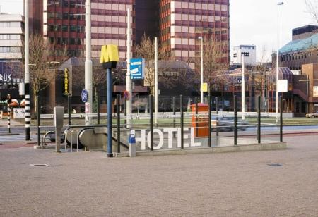 043-hotel-3-rotterdam-1992
