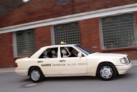 004-the-hades-taxi