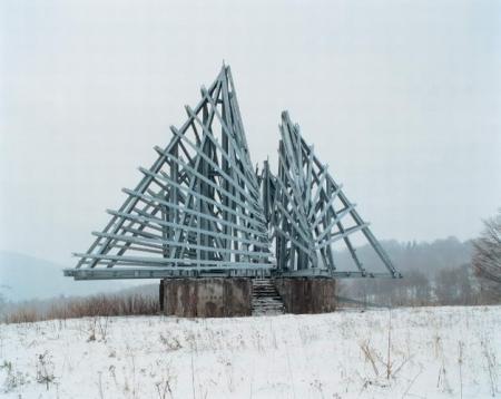 spomenik-13-2007.jpg