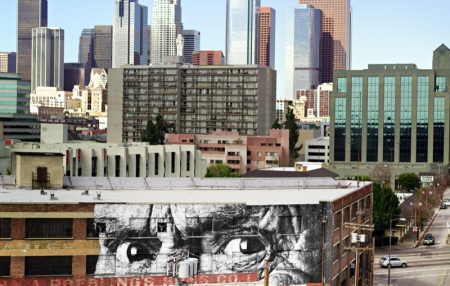 010-wrinkles-of-the-city-2011