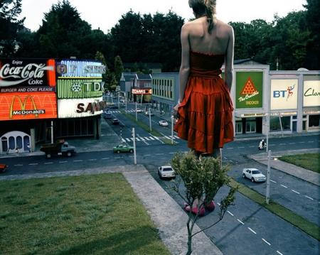 009-red-dress-in-city-2005.jpg