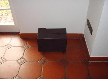 044-the-black-box-2005