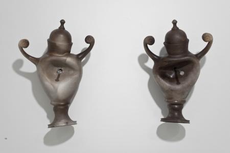 Iconocraste - 5 -  2009  Faience fine, enfumage, clous.  42 x 30.4 x 18.5 cm; 39.9 x 27.5 x 18.5 cm