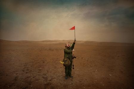 022-little-flagman
