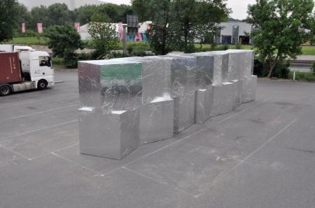 022-box112