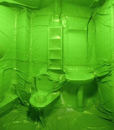 035-bathroom