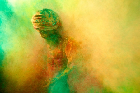 001-no-way-out-holi-india.jpg