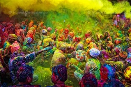 010-rain-of-yellow-holindia.jpg