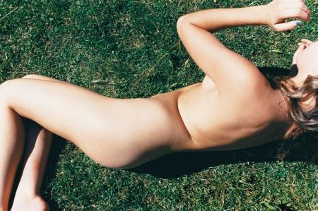 058-untitled-nude-grass-2005.jpg