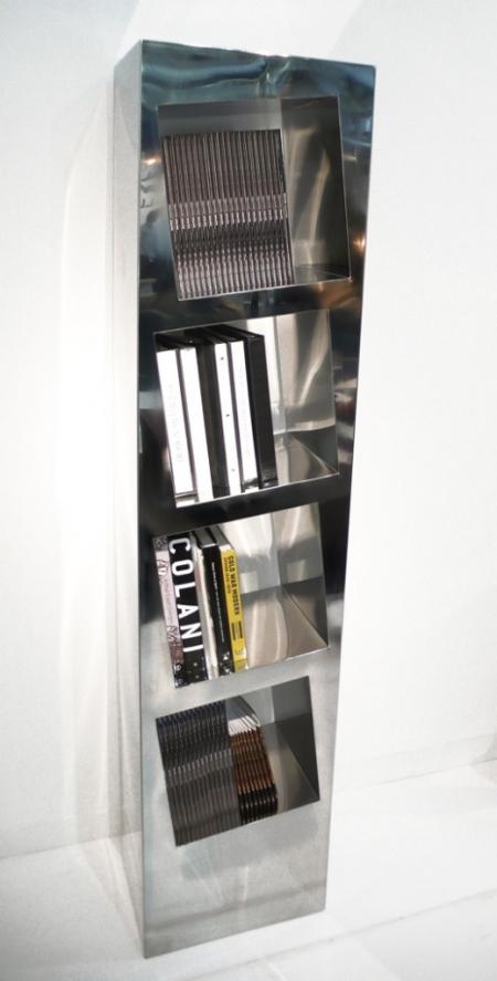 046-leaning-shelf-2001