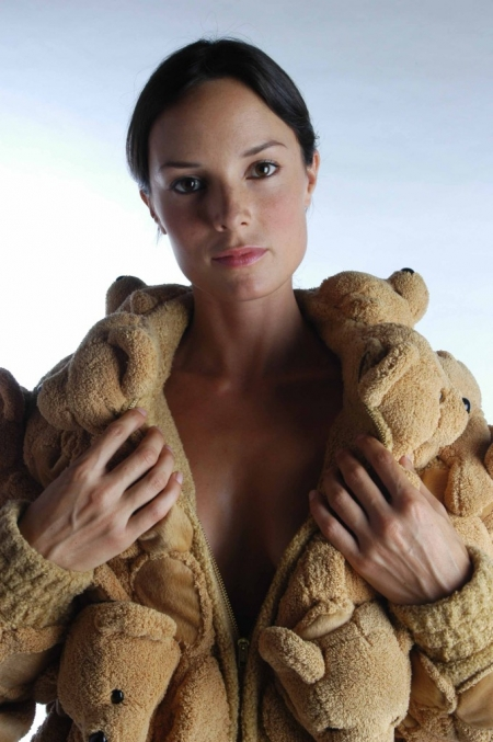 050-bear-fur-coat-n2-2005