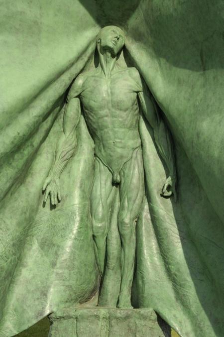 006-the-vesalius-sculpture-terneuzen.jpg
