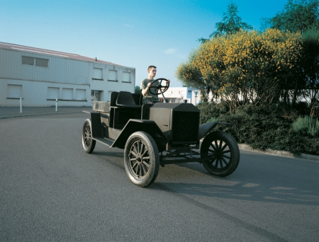 042-the-model-t-ford-1999