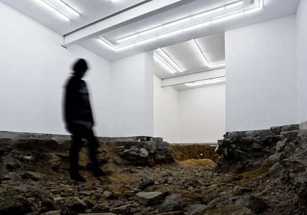 Разрушенная галерея