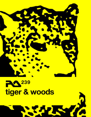 RA.239 Tiger and Woods