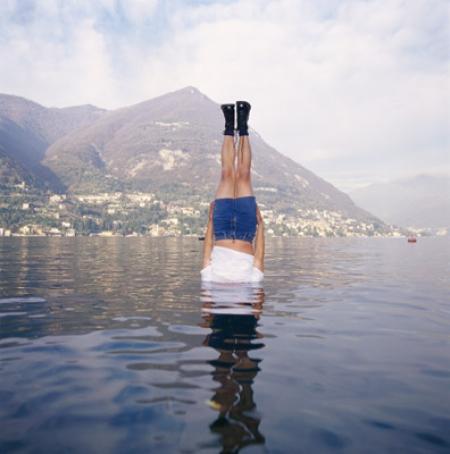 010-liwei-falls-to-the-como-lake-italy-2004.jpg