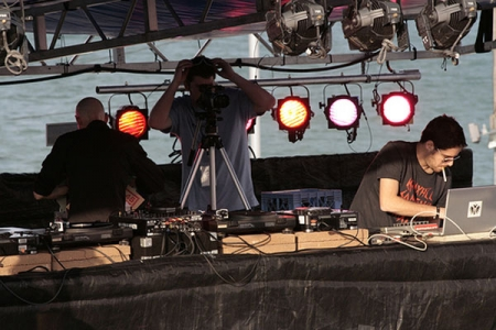 005-gui-boratto-demf-movement-festival-at-detroit-usa.jpg