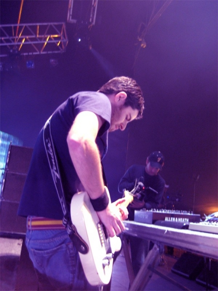 007-gui-boratto-skol-beats-2007-at-sao-paulo-brazil.jpg