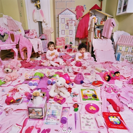 007-lauren-carolyn-and-their-pink-things-2006