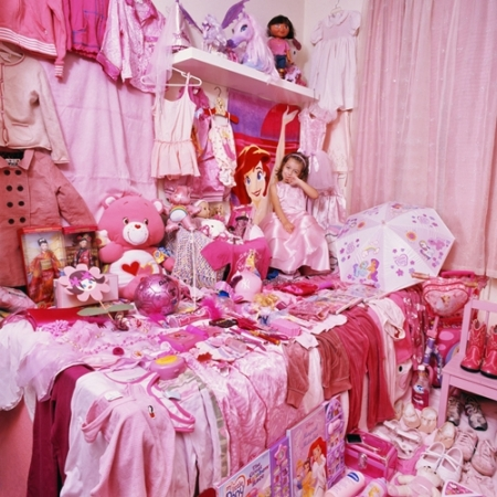 017-maia-and-her-pink-things-2006