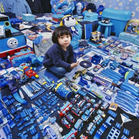 020-jimin-and-his-blue-things-2007