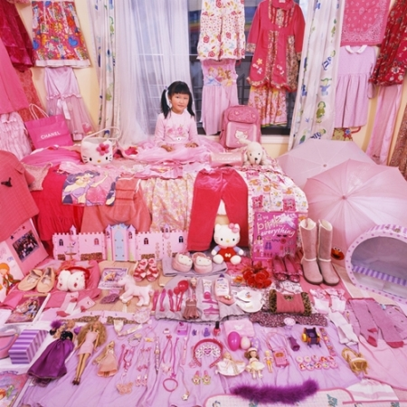 027-avery-and-her-pink-purple-things-2006