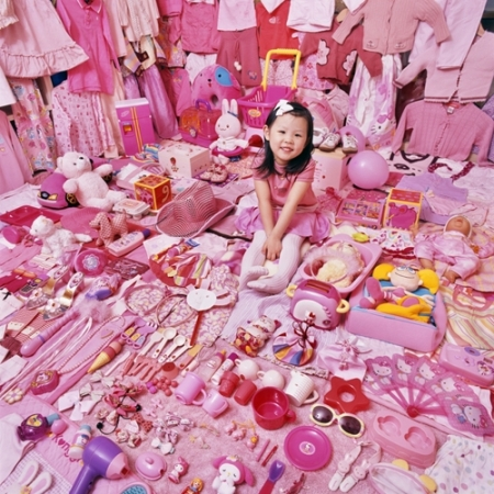 033-seohyun-and-her-pink-things-2007
