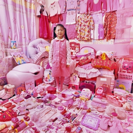 041-sehyun-and-her-pink-things-2007