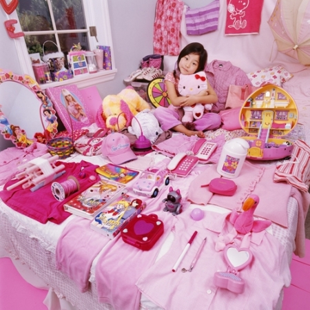 047-sean-kelly-and-her-pink-things-2006