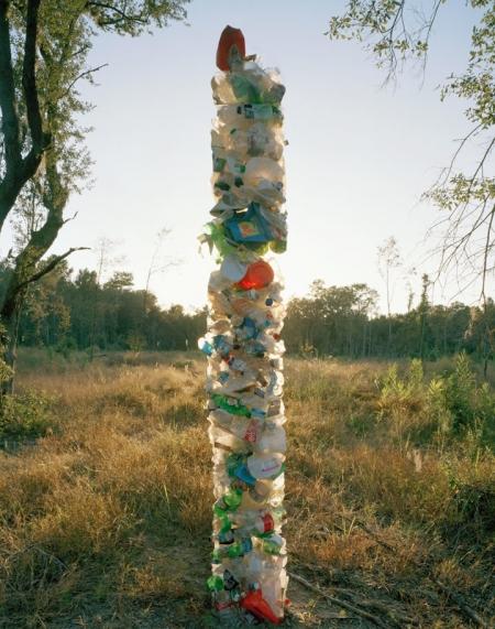 004-plastic-totem