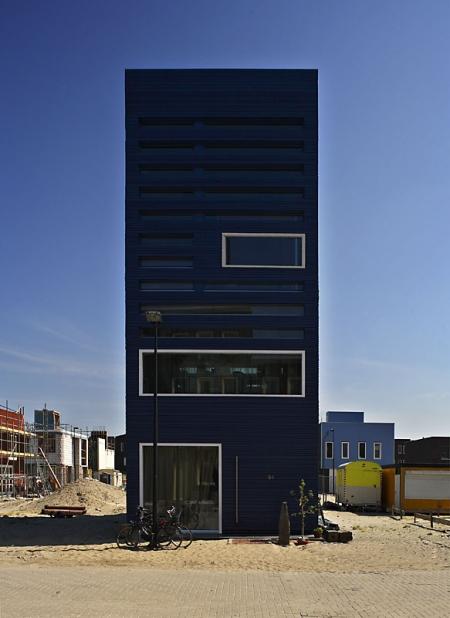 055-faro-architecten-bv-experimental-home-in-ijburg