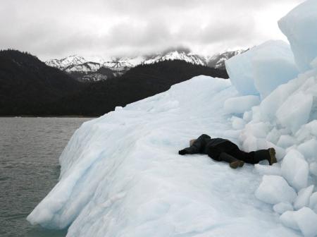052-dead-on-an-iceberg